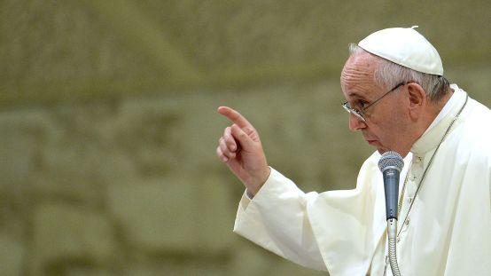pape-francois-au-vatican-le-5-septembre-2015_5409613