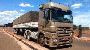 camion-contaba-con-un-doble-fondo